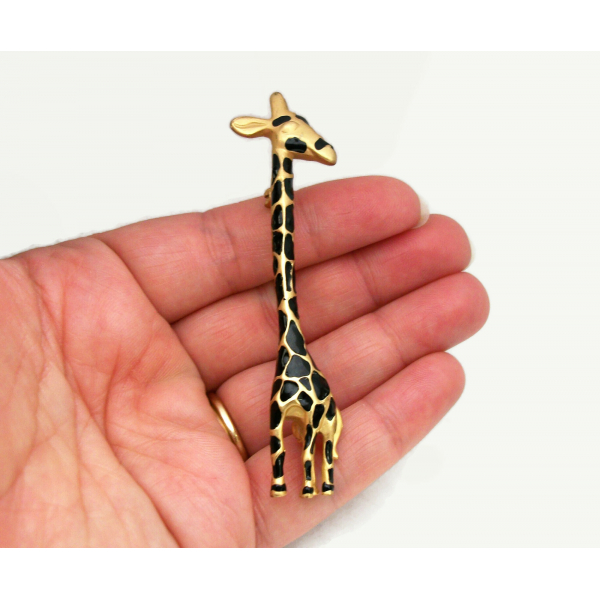 Vintage GIraffe Brooch Lapel Pin Cute Funny Whimsical Animal Jewelry