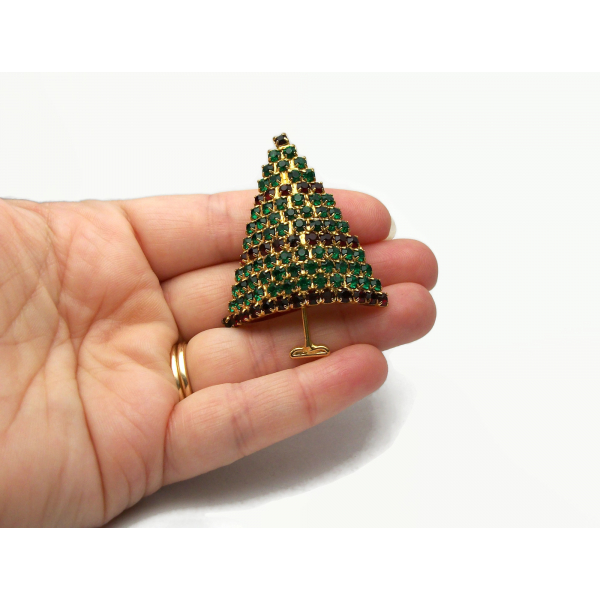 Vintage Pave Crystal Christmas Tree Brooch Lapel Pin Emerald Green Red
