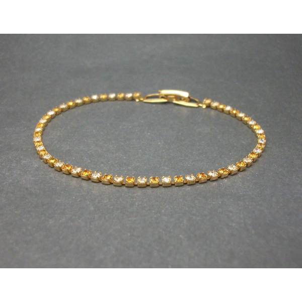 """Vintage Tennis Bracelet  Faux Topaz and Clear Crystals Rhinestones 7 1/4"""" Dainty"""