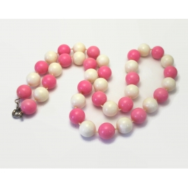 Vintage Pink and White Beaded Necklace 18 inch  9mm Acrylic Plastic Beads