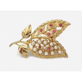 Gerry's rhinestone and pearl gold leaf brooch pin