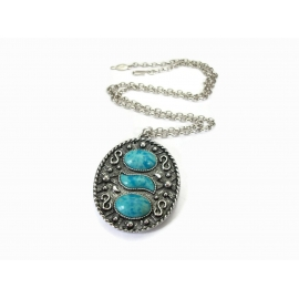 Vintage Large Sarah Coventry Silver and Faux Turquoise Cabochon Pendant Necklace