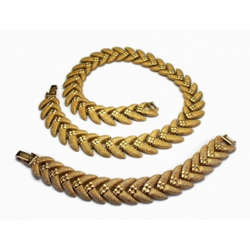 Vintage Bracelet and Necklace Set Gold Tone Metal Women's Size 7 inch Bracelet and 18 inch Necklace Demi Parure