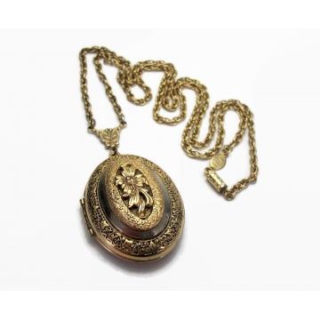 Vintage Signed 1928 Gold Filigree Locket Pendant Oval Floral Design 28 inch Long Chain