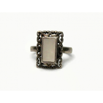 Vintage Mother of Pearl Sterling Silver 925 Ring U.S. Size 8 Made in Mexico Rectangular