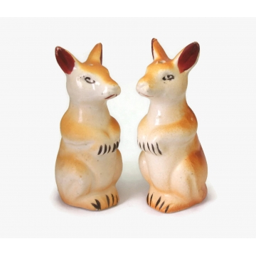 Vintage 1950s Ceramic Kangaroo Salt and Pepper Shakers Made in Japan Kitsch Kitchen Collectibles Mid Century 50s Shakers